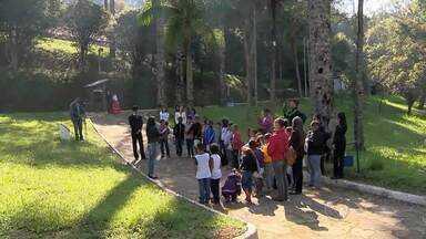 Dia do Guia de Turismo é tema de evento em Santos Dumont - Programação será realizada no Museu de Cabangu nesta quarta-feira (14).Homenagem faz parte da 12ª Semana dos Museus na cidade.