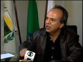 Prefeitura em Araxá é assumida pelo presidente da Câmara Municipal - Ele fica no cargo interinamente até a diplomação de Aracely de Paula, segundo colocado nas Eleições de 2012