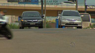 Radares e câmeras de monitoramento serão instaladas em avenidas de Cuiabá - A Prefeitura de Cuiabá realizou uma licitação para contratar a empresa que vai instalar os radares e câmeras de monitoramento no trânsito. A medida busca diminuir os acidentes nas principais avenidas da capital.