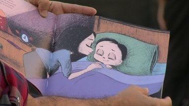 Jornalista Mariza Tavares lança o livro 'O medo que mora embaixo da cama' - O livro conta a história de um menino que enfrenta com muita coragem os medos que as crianças tem na hora de dormir. O lançamento acontece no domingo (18), numa livraria do Leblon.