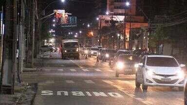 Avenida Dom Luís tem segundo trecho do binário implantado, em Fortaleza - Todo o processo de implantação deve ser concluído até o dia 7 de junho.