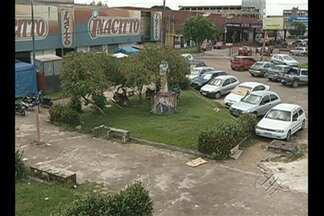 Moradores de Castanhal denunciam abandono de praça no município - Espaço que seria destinado ao lazer da população está sem cuidados.