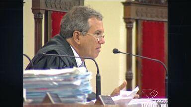 Morre no ES o desembargador Maurílio Almeida de Abreu - Ele tinha 70 anos e lutava contra um câncer. Maurílio foi presidente do Tribunal Regional Eleitoral em 2005 e 2006.