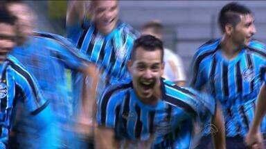 Grêmio vence Botafogo de virada em Caxias do Sul, RS - Maxi Roríguez entrou no segundo tempo e fez o gol da vitória.