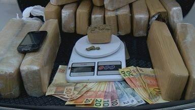 Polícia apreende maconha dentro de mala em Três Pontas, MG - Polícia apreende maconha dentro de mala em Três Pontas, MG