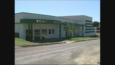 Dois teatros de Cacoal continuam sem receber atrações após interdição - A interdição aconteceu a cerca de 5 meses.