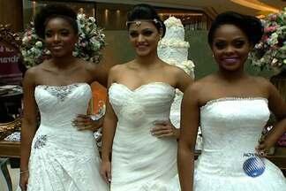 Feira de noivas é realizada em shopping de Salvador - Evento traz novidades para quem planeja casar e vai até o domingo (1°).