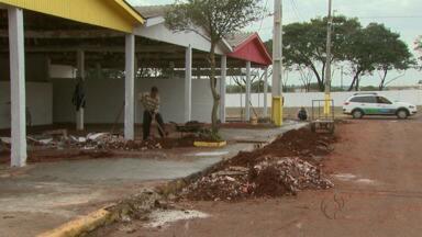 Operários já estão preparando a Fartal do centenário - Os estandes e palcos já estão sendo montados