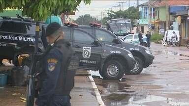 Polícia desativa bombas de dinamite encontradas no Bairro Aponiã em Porto Velho - Polícia isolou quarteirões para desativar artefato.