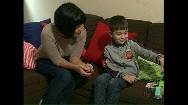Redação Móvel: a coqueluche é a uma das doenças que preocupam no inverno - Mãe relata que mesmo tendo sido vacinado, o filho de cinco anos não ficou livre da coqueluche.
