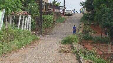 Blitz em São Lourenço da Mata registra buracos e ruas sem calçamento - Moradores da comunidade dizem que o problema é antigo.