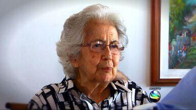 Dona Virgínia Leite Franco era uma mulher religiosa e muito dedicada à família - Dona Virgínia Leite Franco era uma mulher religiosa e muito dedicada à família