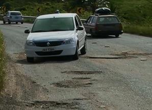 Obras iniciaram na PE-149, mas buracos continuam a gerar insatisfação - Em maio, moradores realizaram manifestação no trecho de Ibirajuba para pedir solução.