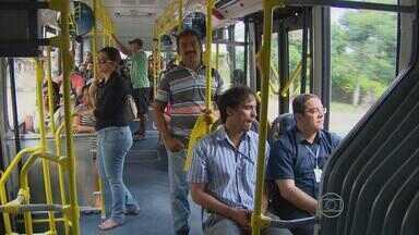 Duas estações do BRT começam a funcionar no Grande Recife - Passageiros elogiaram conforto e pouco tempo gasto no trajeto.