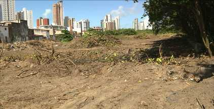 JPB2JP: Casas começam a ser demolidas no bairro São José - Famílias vão ser relocadas para área ao lado.