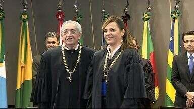 Iolanda Guimarães é empossada como desembargadora do Tribunal de Justiça - Nova desembargadora assume a vaga de Geni Silveira Shultz no Tribunal de Justiça de Sergipe