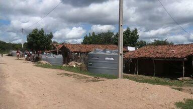 Na Zona Norte do Ceará, população fica sem reserva de água por falta de cisternas - Empresa não instalou cisternas a tempo de captar água da chuva.