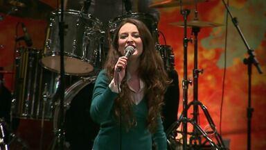 Banda vencedora do FUC conta um pouco sobre a trajetória no Paraná TV - Com nova vocalista, a banda tem seis meses de carreira