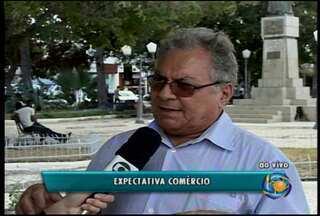Comércio de Petrolina espera alta nas vendas do mês de junho - A Copa do mundo, o São João e o dia dos namorados aumentam as expectativas dos comerciantes.