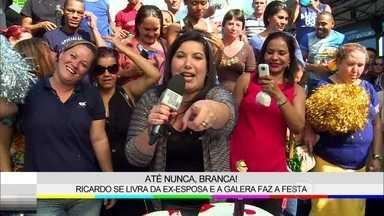 Público vibra com brigas de Branca e Ricado, de Em Família - Mariana Xavier foi às ruas conferir a reação do público sobre o divórcio dos personagens