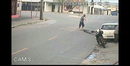 JPB2JP: Imagens fortes de tentativa de assassinato em João Pessoa - No bairro de Mandacaru.