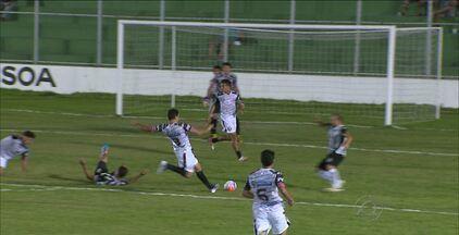 Treze vence o Santa Cruz e ainda sonha com classificação - Em jogo realizado no Estádio da Graça, Treze venceu o Santa Cruz de Santa Rita por 3 a 0, e ainda pode se classificar para a semifinal do Campeonato Paraibano