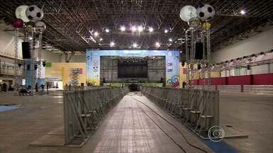 Órgãos ligados à prefeitura, comércio e bancos terão expediente reduzido durante jogos - Veja o que abre e o que fecha em Belo Horizonte durante os jogos da Copa do Mundo.