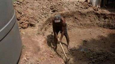 Sem cisternas, população de Amontada ficou sem água reservada para o segundo semestre - Moradores da cidade não puderam aproveitar chuvas para coleta de água.