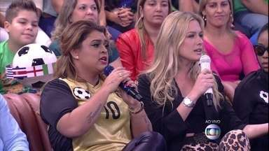 Preta Gil elege jogador mais gato da Copa do Mundo: 'Piqué, mas estou vendo potenciais' - Fiorella Mattheis também dá sua opinião: 'Achei um alemão chamado Mats Hummels'