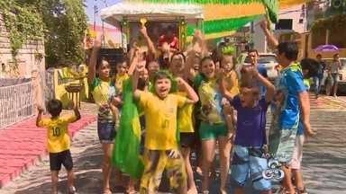 Decorada, Rua Leonardo Malcher no AM tem programação para jogo do Brasil - Organização do evento afirmou estar preparada para receber turistas e moradores de Manaus.