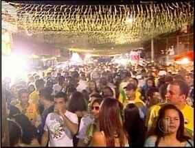 Após vitória da Seleção, torcedores do Norte Fluminense vibram nas ruas das cidades - Muitos torcedores assistiram os jogos da rua.