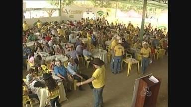 Voluntários realizam leilão para ajudar na construção de Hospital de Câncer em Rondônia - O leilão foi realizado em Ariquemes.