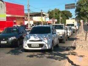 Frota de veículos em Teresina dobra e problemas no trânsito aumentam - Frota de veículos em Teresina dobra e problemas no trânsito aumentam