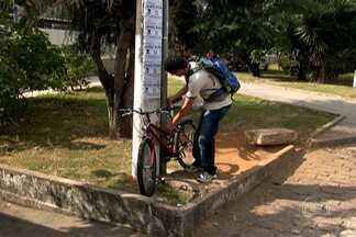 Falta de bicicletário em estações de trem e Metrô dificulta uso de bicicletas em SP - Trechos curtos poderiam ser feitos de bicicleta. O problema é que das 94 estações da CPTM, apenas em 22 há bicicletários. O Metrô tem 65 estações, mas só 13 tem lugar para guardar a bike.