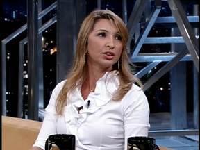 Delegada Jussara Assis Carvalho fala sobre caso de tortura em Goiânia-GO - Ao apurar denúncia, ela encontrou menina de 12 anos amordaçada e amarrada à escada; acusada das agressões, empresária Silvia Calabresi está presa.