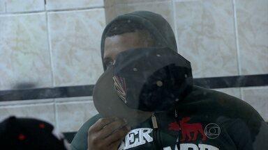 Homem é preso em Belo Horizonte suspeito de se passar por policial - Polícia disse que ele usava uma identidade falsa.