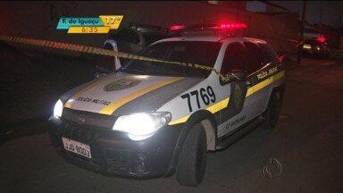 Ladrões fazem família refém, e usam carro da PM para fugir em Curitiba - Ladrões fazem família refém, e usam carro da PM para fugir em Curitiba