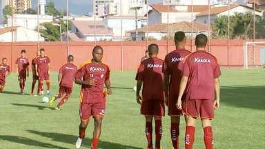 Boa Esporte joga com o Vila Nova, em Goiânia - Boa está na zona de rebaixamento.