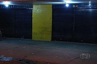 Comerciante morre após ser baleado em tentativa de assalto, em Goiás - O comerciante Edésio Soares Bento, de 45 anos, morreu após ser baleado durante uma tentativa de assalto na noite de segunda-feira (14), no Bairro Ilda, em Aparecida de Goiânia, na Região Metropolitana da capital. De acordo com familiares, ele já foi vítima de mais de 50 assaltos.