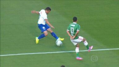Cruzeiro vence o Palmeiras e aumenta a vantagem na liderança do Campeonato Brasileiro - Veja os melhores momentos da partida.