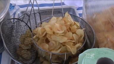 Vigilância Sanitária fiscaliza venda de alimentos e bebidas na Beira Rio em Balsas - Itens de consumo precisam seguir normal de higiene