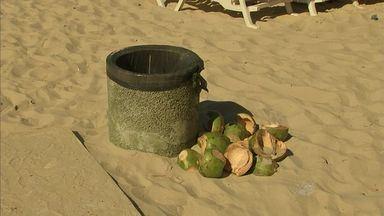 Banhistas devem ter cuidados com o lixo deixado nas praias - A sujeira pode prejudicar o lazer das famílias.