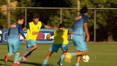 Eficiente, Henrique é o maior ladrão de bolas do Cruzeiro - Eficiente, Henrique é o maior ladrão de bolas do Cruzeiro