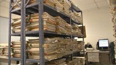Juízes cobram contratação de novos servidores para acelerar as atividades - Milhares de julgamentos dependem de apenas três servidores.