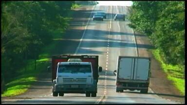 Para diminuir autuações por execesso de velocidade, RS-135 ganha mais fiscalização - Nos últimos quatro anos, número de multas por excesso de velocidade nas rodovias estaduais cresceu oito vezes.