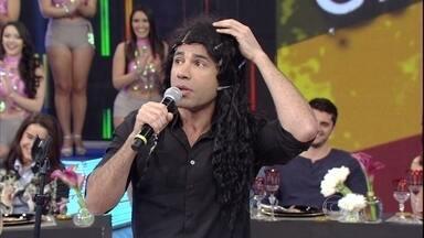 'Adelaide', mais um sucesso de Rodrigo, também está no Domingão - O ator interpreta histórias de mais um de seus grandes sucessos
