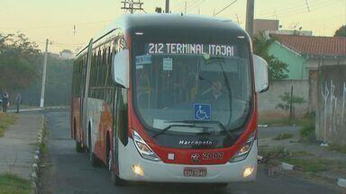 Ônibus BRT circulam sem estrutura adequada em Campínas - A previsão era de que os veículos utilizariam corredores exclusivos, com o objetivo de diminuir o tempo de viagem. Alguns ônibus projetados para o sistema BTR circulam pela cidade há dois anos, mesmo sem estrutura adequada.
