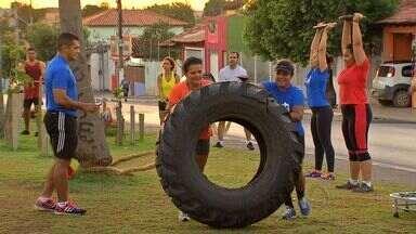 Grupo de atletas treinam para a Corrida e Caminhada Esperança em Cuiabá - Grupo de atletas treinam para a Corrida e Caminhada Esperança em Cuiabá.