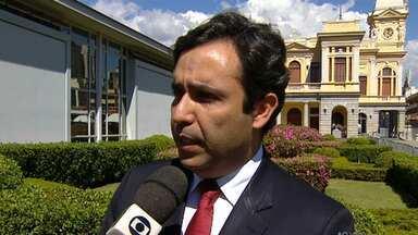 Advogado explica em quais situações pais podem pedir pensão alimentícia para os filhos - Veja a entrevista com o especialista em direito de família Antônio Marcos Nohmi.