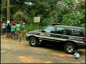Polícia Civil apresenta suspeitos de homicídios em Araxá - Crimes aconteceram em julho deste ano e fevereiro de 2013.Casos serão encaminhados ao Poder Judiciário, diz delegado.
